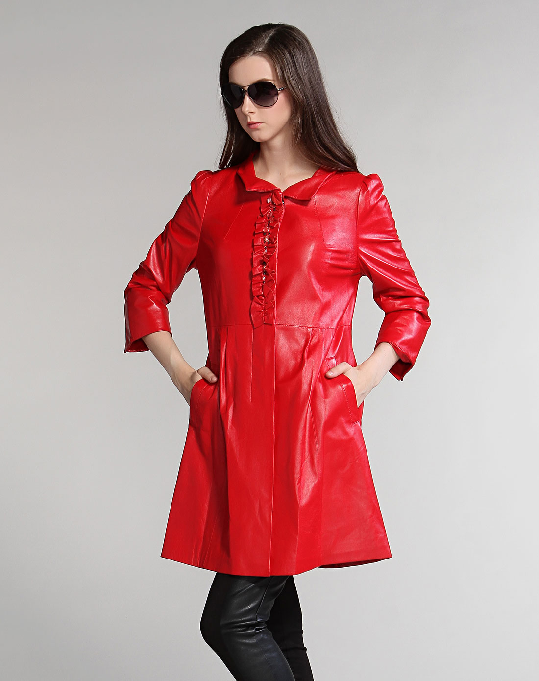 斯尔丽sierli皮草男女大红色花边钉珠八分袖皮衣1e05