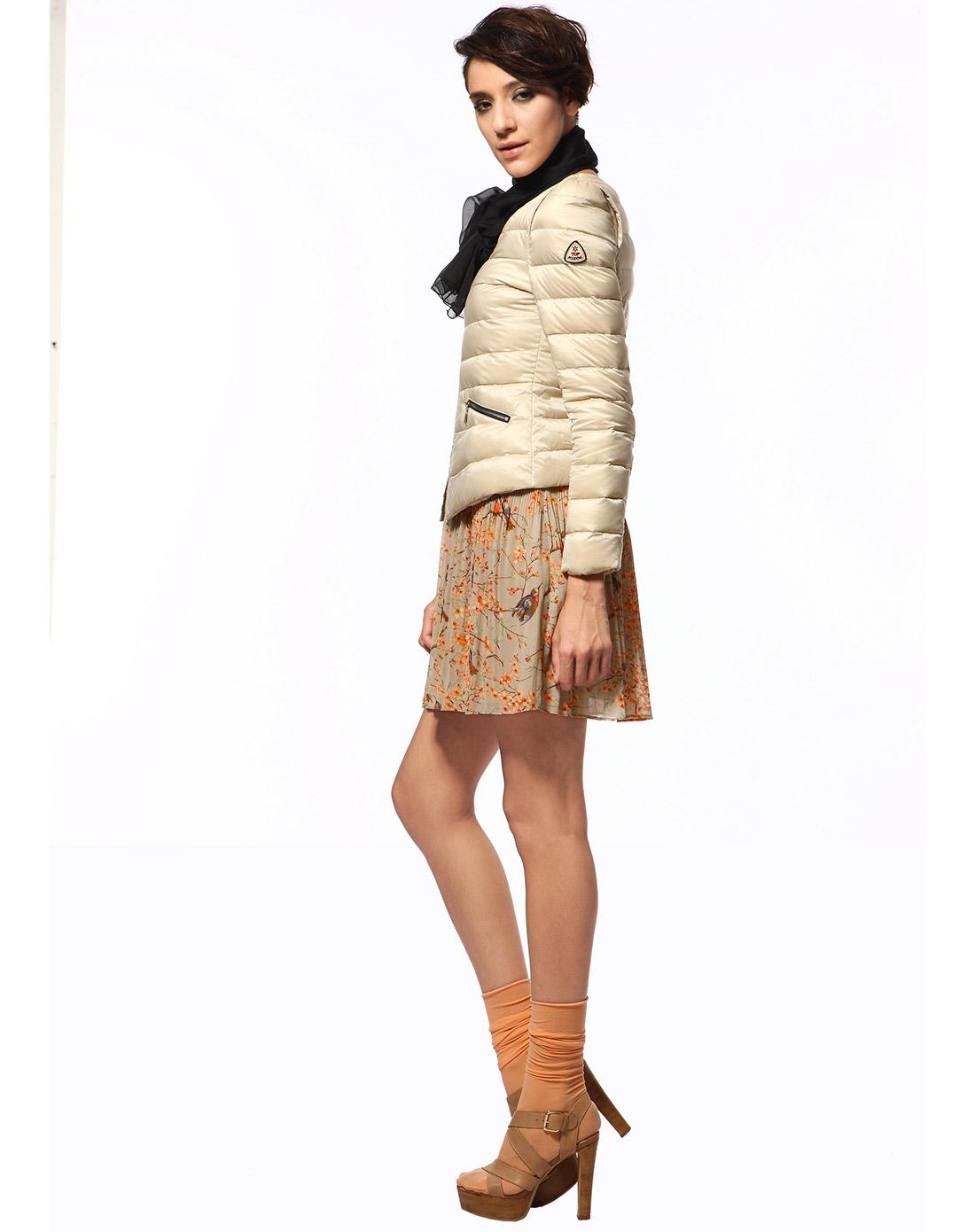 浅象米色短款羽绒服