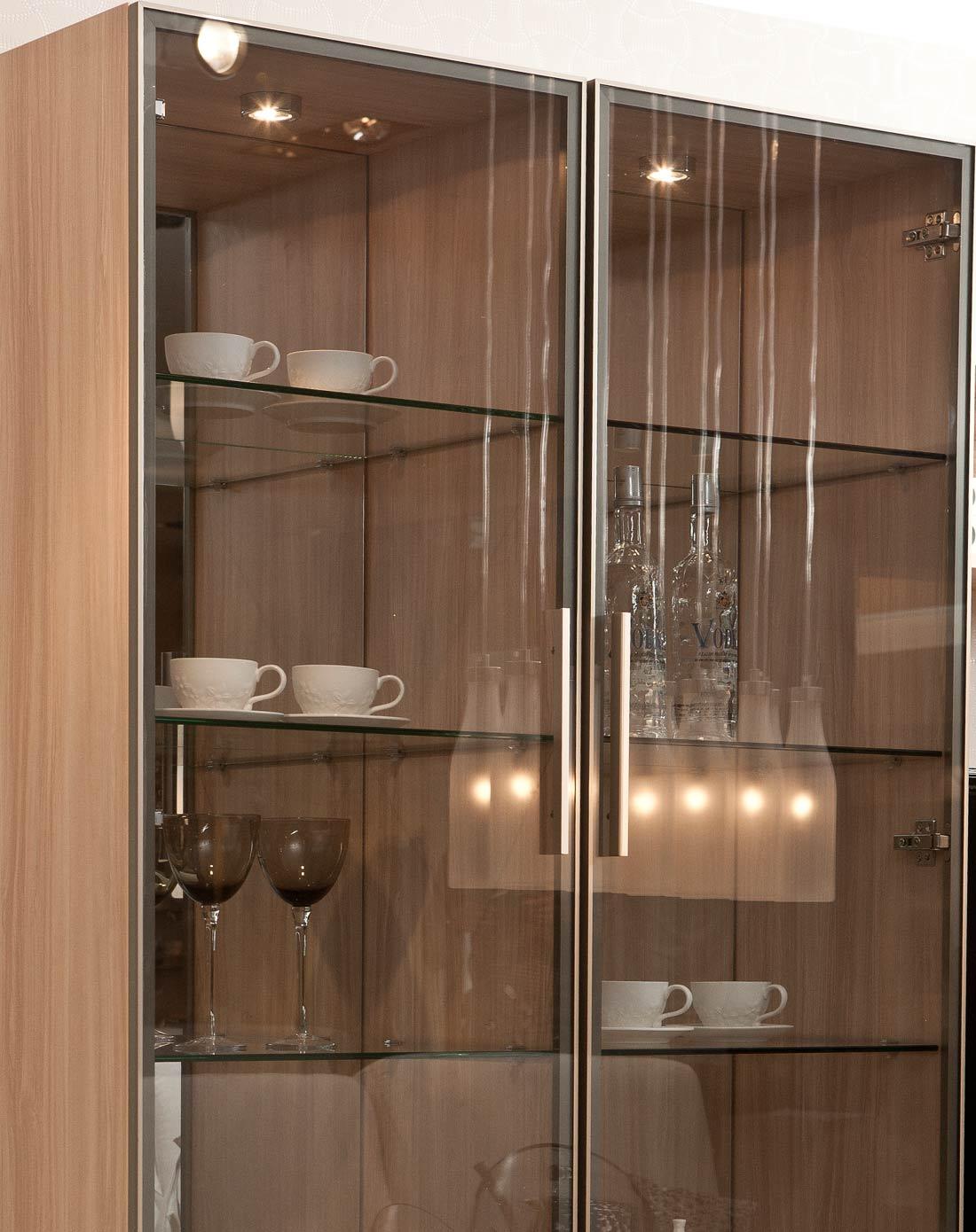 家庭小酒柜造型图片 2015酒柜造型效果图 欧式酒柜造型