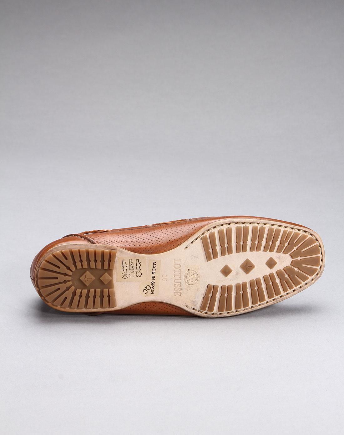 女款高雅牛皮平底鞋棕色