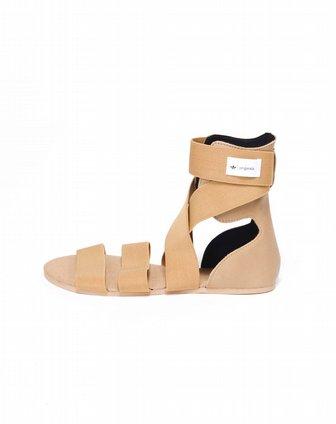 女子棕色凉鞋v21968